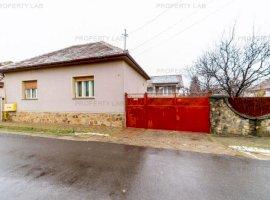 Casa spațioasă cu 5 camere în Vladimirescu