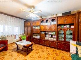 Apartament cu 3 camere Micălaca, Zona 300