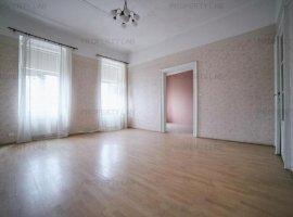 Apartament cu 4 camere, Bulevardul Revoluției