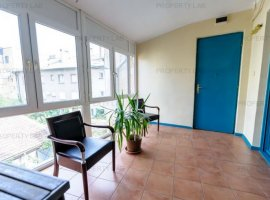 Apartament cu 4 camere pe Bulevardul General Vasile Milea