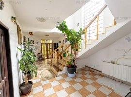Casă / Vilă cu 5 camere  în zona Gai/Arad