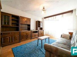 Apartament cu 3 camere de vânzare în zona Intim