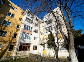 Apartament patru camere zona Lebăda Vlaicu