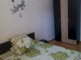 Inchiriere  apartament  cu 2 camere  decomandat Bucuresti, Aparatorii Patriei  - 320 EURO lunar