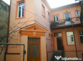 Inchiriere  apartament  cu 4 camere Bucuresti, 13 Septembrie  - 450 EURO lunar
