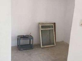 Vanzare  apartament  cu 4 camere  decomandat Cluj, Iara  - 16000 EURO