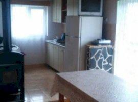 Inchiriere  casa  3 camere Cluj, Marisel  - 111 EURO lunar
