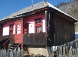 Vanzare  casa  2 camere Mures, Stanceni  - 4000 EURO