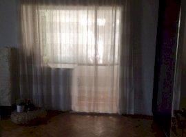 Inchiriere  apartament  cu 3 camere  decomandat Dolj, Craiova  - 550 EURO lunar