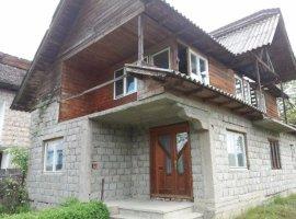Vanzare  casa  5 camere Arges, Pietrosani  - 16807 EURO