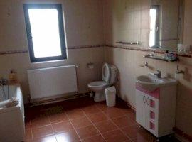 Vanzare  casa  6 camere Dambovita, Bilciuresti  - 105000 EURO