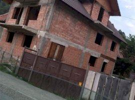 Vanzare  casa  5 camere Brasov, Poiana Marului  - 55000 EURO