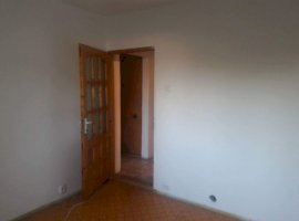 Vanzare  apartament  cu 3 camere  decomandat Dolj, Craiova  - 15783 EURO
