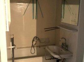 Vanzare  apartament  cu 3 camere  decomandat Arad, Zimandu Nou  - 20000 EURO