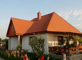 Vanzare  casa  3 camere Mures, Nazna  - 80000 EURO