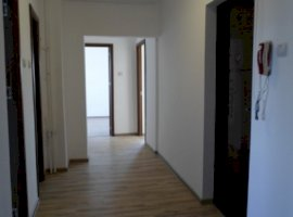 Vanzare  apartament Bucuresti, Centrul Civic  - 59900 EURO