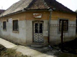 Vanzare  casa  4 camere Sibiu, Bazna  - 22000 EURO