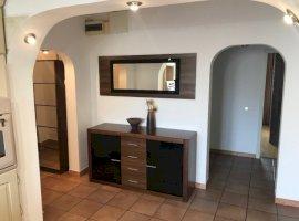 Vanzare  apartament  cu 3 camere  decomandat Bucuresti, Eroii Revolutiei  - 119000 EURO