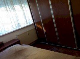 Inchiriere  apartament  cu 4 camere  semidecomandat Bucuresti, Drumul Taberei  - 349 EURO lunar