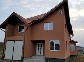 Vanzare  casa  5 camere Mures, Ernei  - 74000 EURO