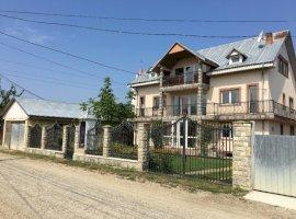 Vanzare  casa  2 camere Bacau, Racaciuni  - 80000 EURO