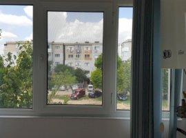 Vanzare  apartament  cu 3 camere  decomandat Galati, Galati  - 54500 EURO
