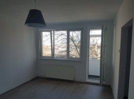 Vanzare  apartament  cu 2 camere  semidecomandat Bucuresti, Ion Mihalache  - 82000 EURO