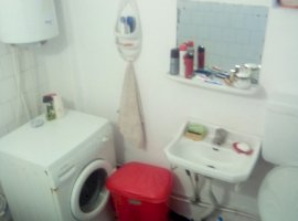 Vanzare  apartament  cu 2 camere  decomandat Dolj, Melinesti  - 16000 EURO