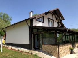 Vanzare  casa Arges, Robaia  - 165000 EURO
