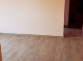 Vanzare  apartament  cu 2 camere  decomandat Galati, Tecuci  - 33700 EURO