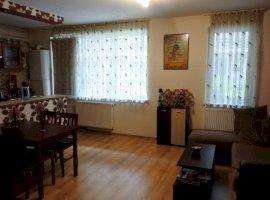 Vanzare  apartament  cu 3 camere  semidecomandat Cluj, Floresti  - 59000 EURO