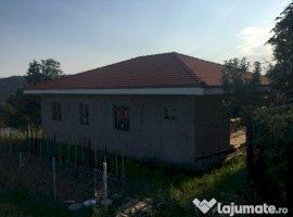 Vanzare  casa  3 camere Valcea, Vladesti  - 68000 EURO