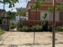 Vanzare  casa  5 camere Arad, Barzava  - 45000 EURO