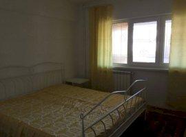 Inchiriere  apartament  cu 4 camere  decomandat Bucuresti, Piata Romana  - 890 EURO lunar
