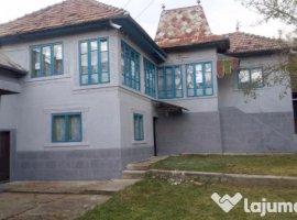 Vanzare  casa  5 camere Dambovita, Valeni-Dambovita  - 26000 EURO