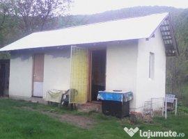 Vanzare  casa  3 camere Prahova, Cotofenesti  - 53000 EURO