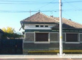 Vanzare  casa  3 camere Brasov, Persani  - 50000 EURO