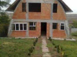 Vanzare  casa  4 camere Dolj, Robanesti  - 30000 EURO