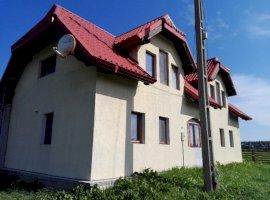 Vanzare  casa  3 camere Suceava, Poiana Stampei  - 90000 EURO
