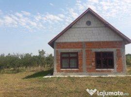 Vanzare  casa  2 camere Arges, Poiana Lacului  - 65000 EURO