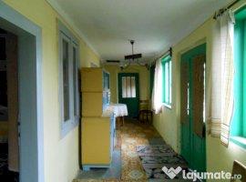 Vanzare  casa  4 camere Dolj, Goicea  - 14000 EURO