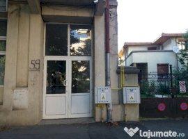 Vanzare  apartament  cu 3 camere  semidecomandat Bucuresti, Ferdinand  - 120000 EURO