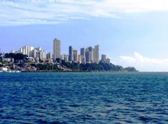 PESTE MARI SI TARI......Proprietati in Brazilia