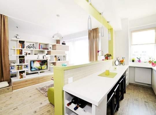 Garsoniera transformată în apartament cu două camere
