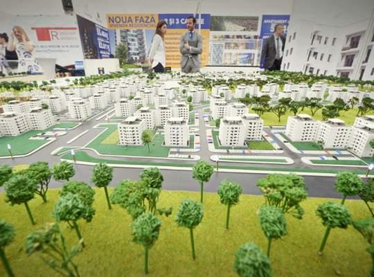 Rezidențialul, la extreme: prețuri de la 19.000 de euro la 3 milioane de euro la un târg imobiliar din București
