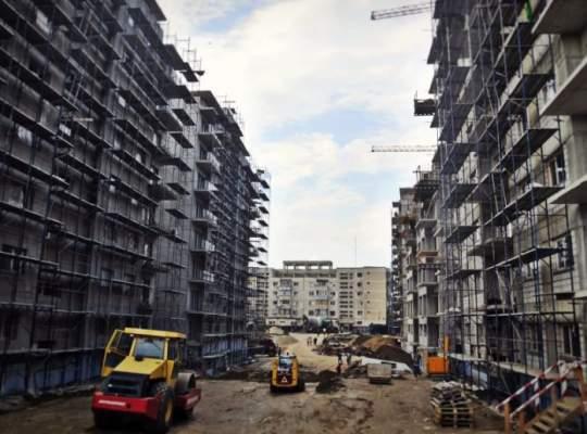 Semnal de alarmă: construcțiile rezidențiale scad cu 13%