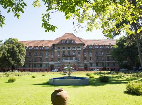 RA-APPS se apropie de 1 milion euro pierderi anuale de pe urma Hotelului Triumf și a Clubului Floreasca