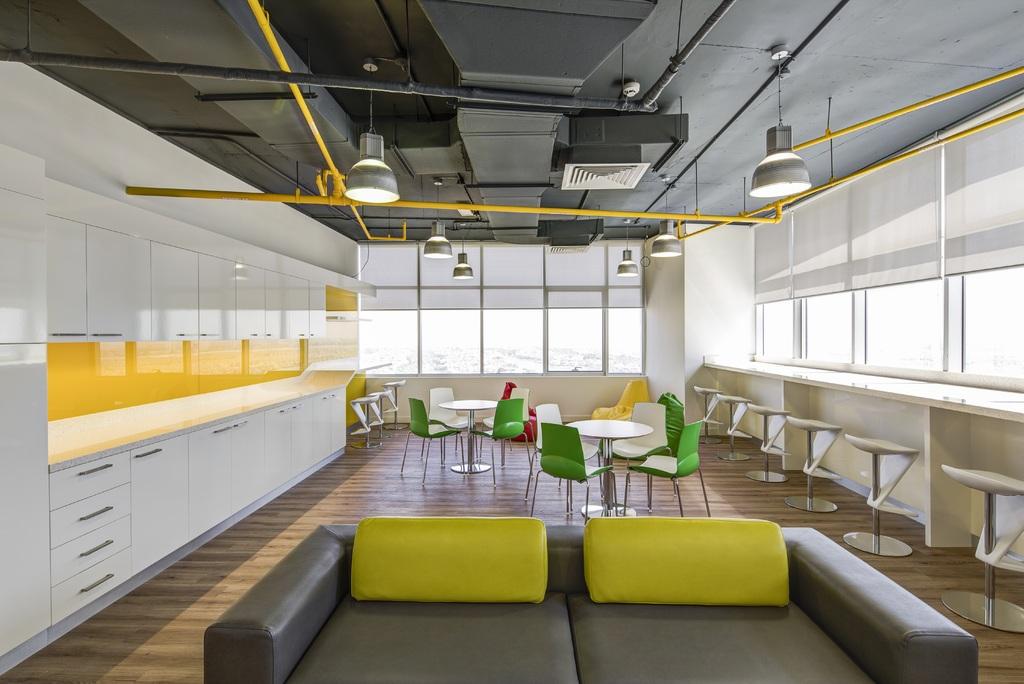 Companiile din Bucuresti investesc lunar pana la 500 euro/angajat in asigurarea sediului