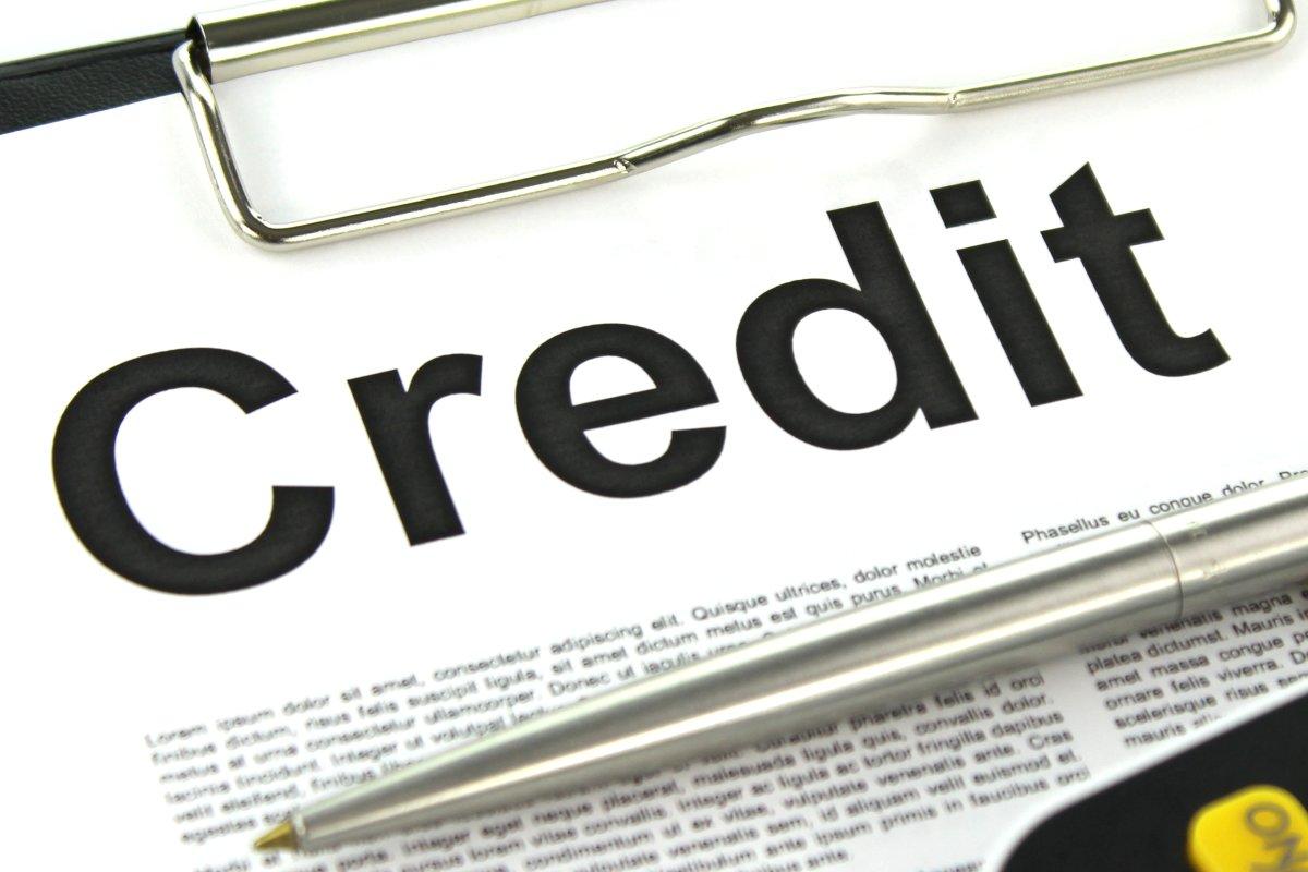 Decizie de ultima ora BNR: Gradul de indatorare pentru credite imobiliare si de consum, limitat la 40% din venituri!